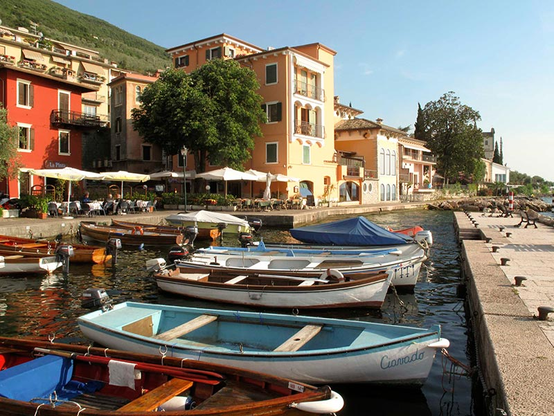 Www Hotels In Brenzone Sul Garda Direkt Am See De